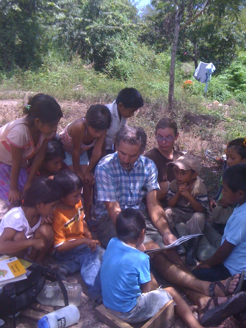 Day 6 Buena Vista  Mike Goss reading to children